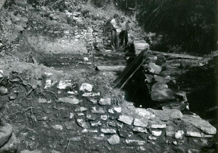 Particolare dello scavo del 1976 - Detail of the dig in 1976